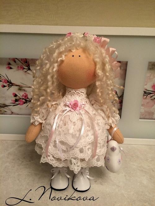Photo of Интерьерная кукла 25  см  Выполнена из кукольного трикотажа Белый ангел. Набита холлофайбером