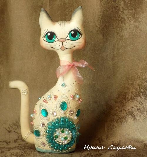 Photo of кошка Блёстка- бирюза