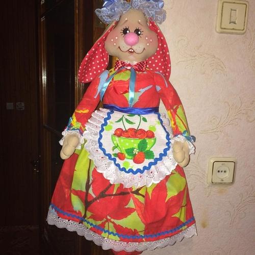 Фото для продаю куклы пакетницы ручной работы, очень удобная вещь на кухне, для складывания пакетов и легко стираеться, кукла  примерно 40 см 1500 руб. можн сшить на ваш вкус и цвет