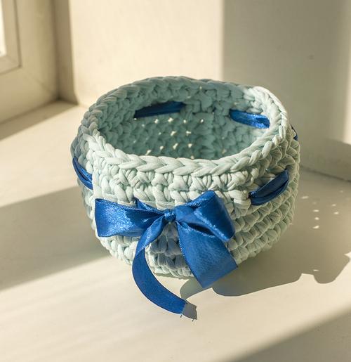 Фото для корзинка голубая с бантиком