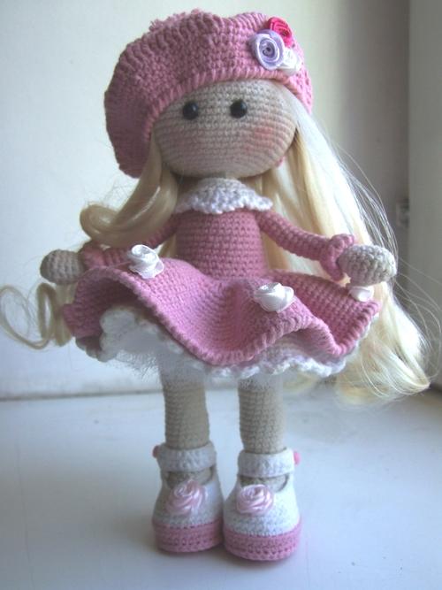 Фото для Куколка интерьерная ,  каркасная. Рост -20 см. Одежда не снимается