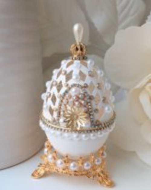 Фото для Шкатулка из настоящего гусиного яйца. Резьба и декор.
