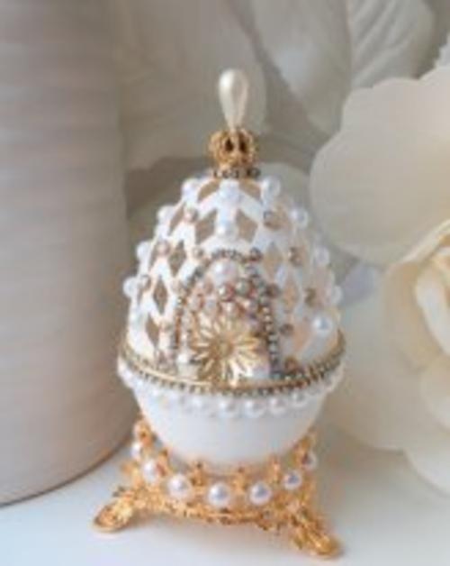 Photo of Шкатулка из настоящего гусиного яйца. Резьба и декор.