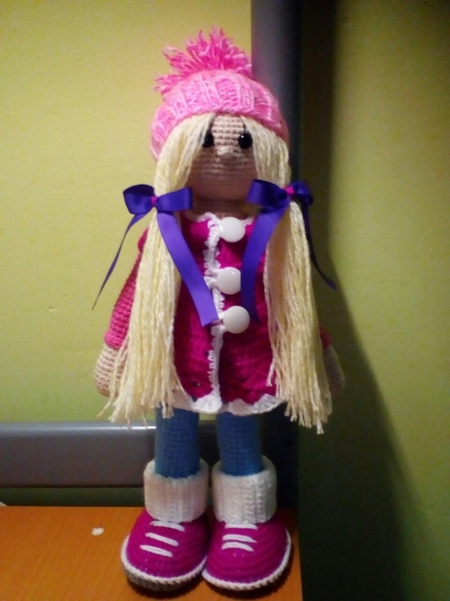 Photo of кукла в розовом пальто- 1500 руб.
